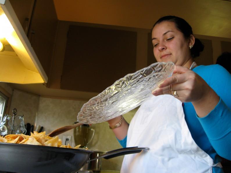 Raquel Cooking by Mario Garcia