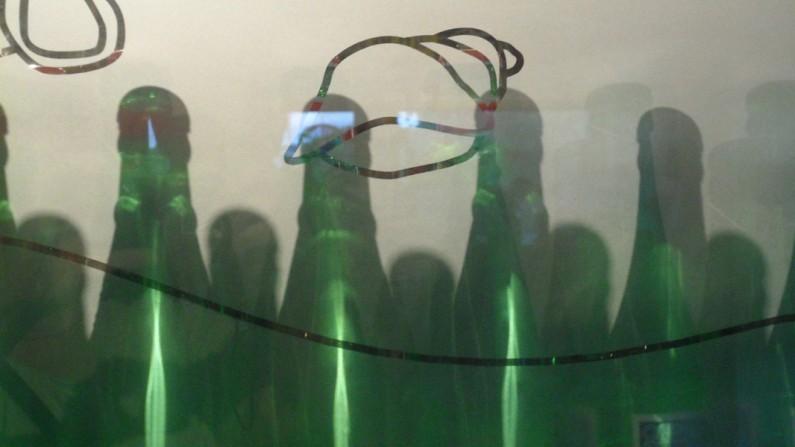 Green bottles, Geraldine LiaBraaten