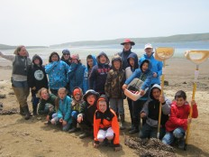 AIS students visit the beach